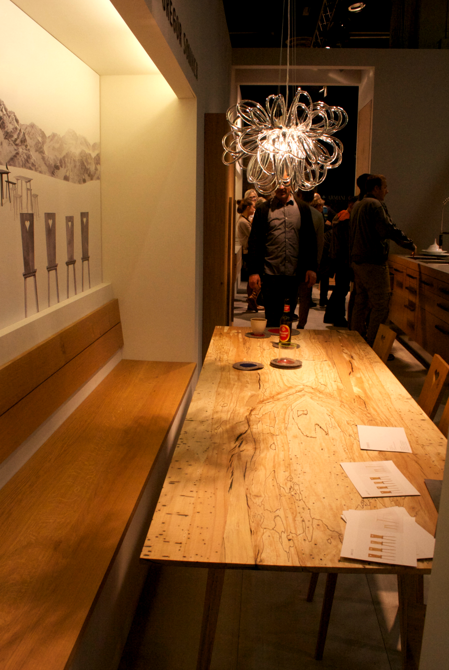 imm cologne 2015-Holztisch