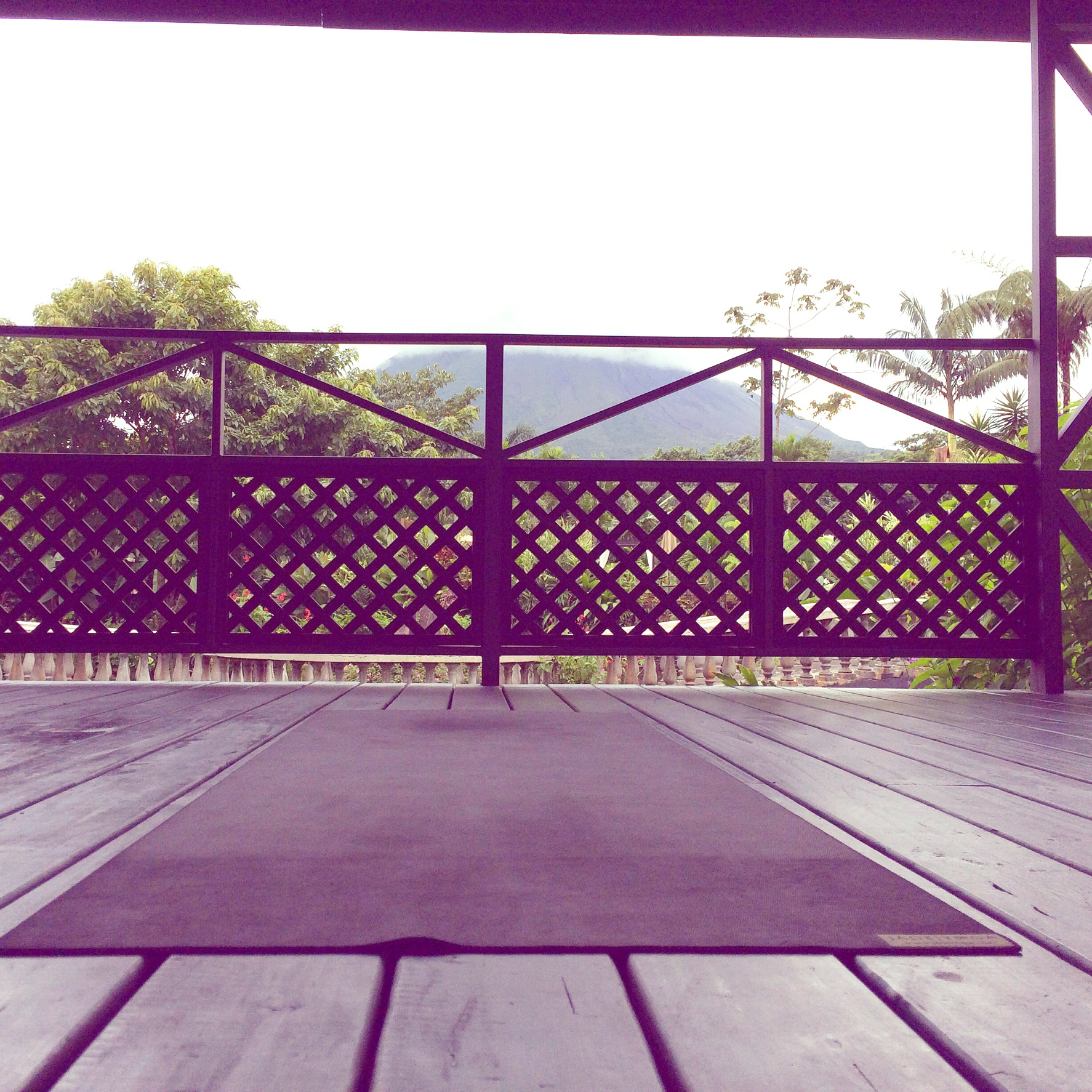 monteverde_yoga deck